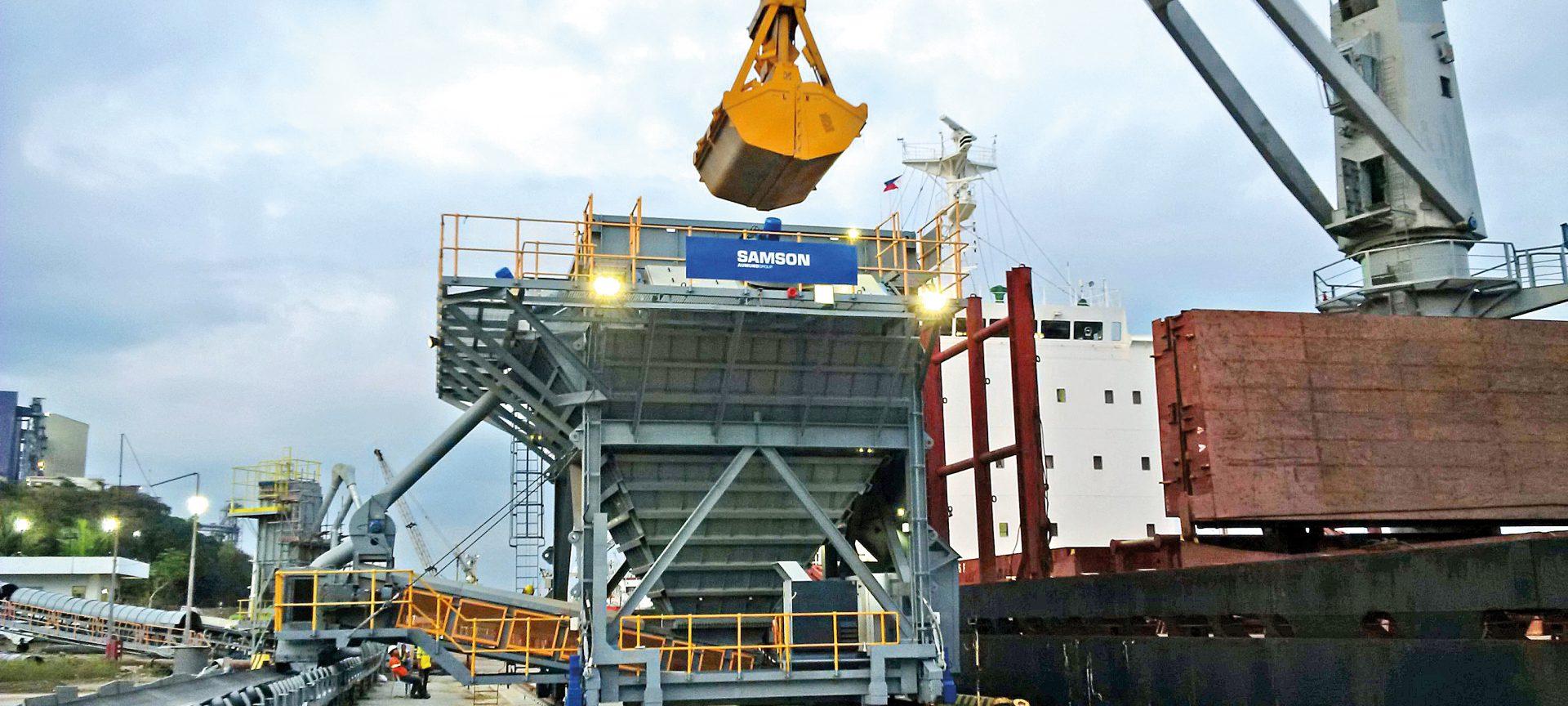 SAMSON Mobiler Eco Hopper im Hafen