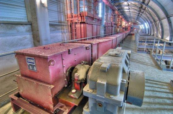AUMUND drag chain conveyor