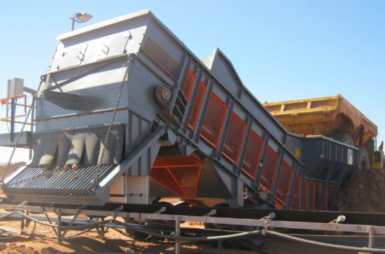 Mobile Samson® Material Feeder in a Quarry