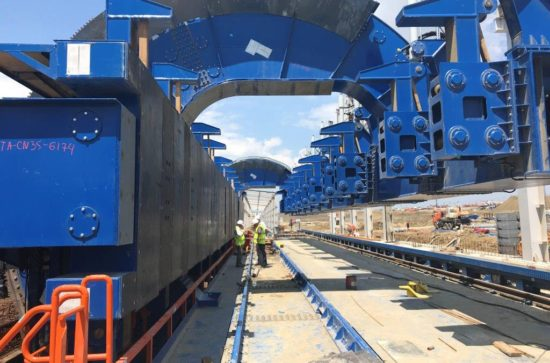 SCHADE-Wagon-Tippler-Unloading-lines-during-installation_2