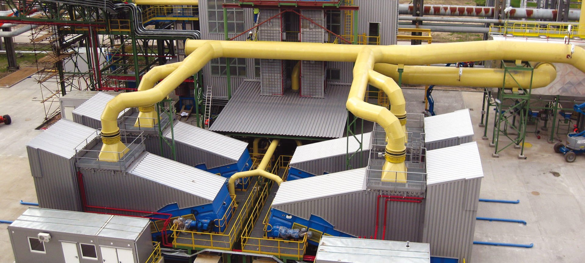 Example of an application for four Samson® Material Feeders conveying alternative fuels in a power plant in Poland (photo AUMUND)