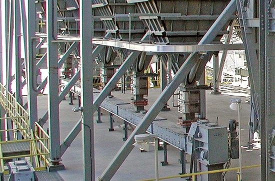 AUMUND Chain Conveyors type TKF for filter dust
